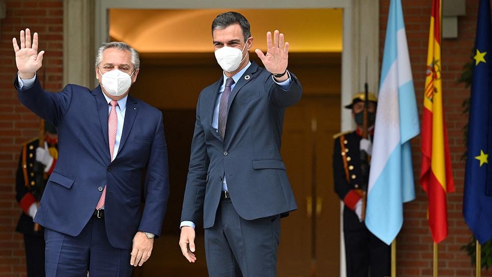 GIRA EUROPEA – Sánchez: «El mecanismo de sobretasas del FMI está dañando y mucho las posibilidades de Argentina»