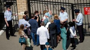 Murieron nueve personas en un tiroteo en una escuela de Rusia
