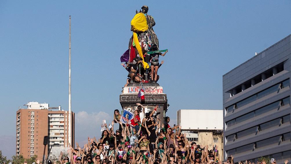 Los opositores festejaron tanto en las calles como en las redes.
