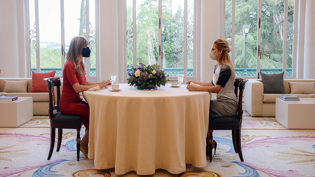 Fabiola Yañez compartió un desayuno con la primera dama de España en el Palacio de la Moncloa
