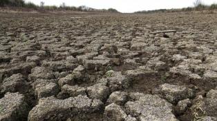 El río Paraná puede bajar a niveles cercanos al histórico, advirtió el INA