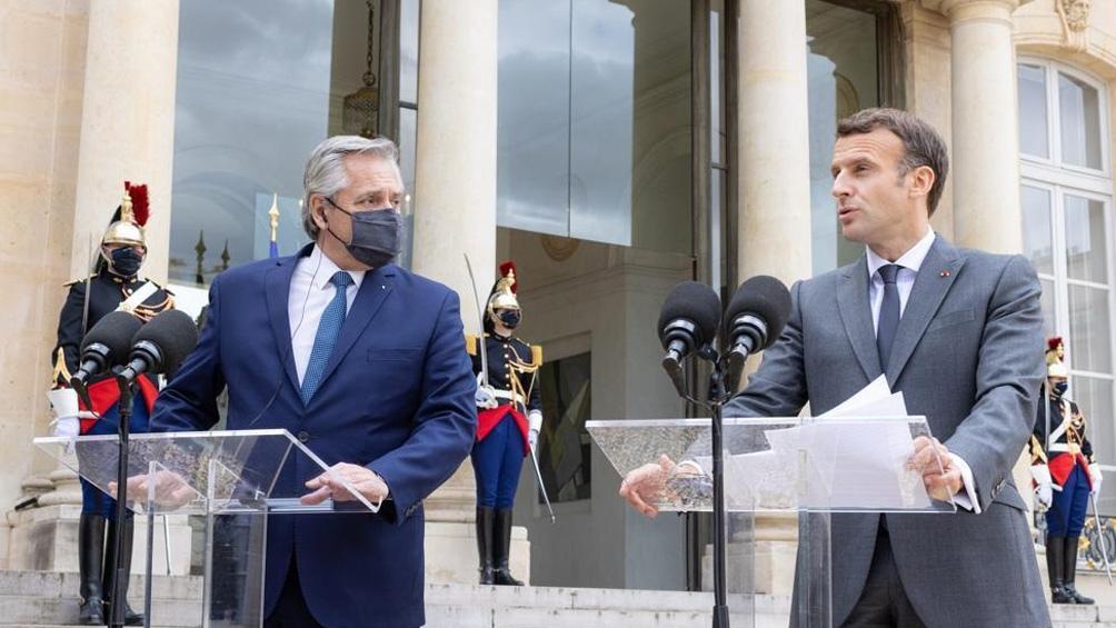 El Presidente se encuentra en Francia en el marco de la gira europea en busca de apoyo para la negociación con el FMI.