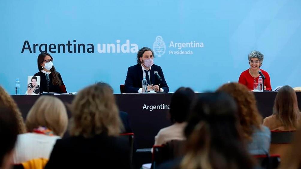 """""""El plan aspira a transformar las desigualdades por género"""", comentó a Télam la secretaria del Ministerio de las Mujeres, Cecilia Merchán."""
