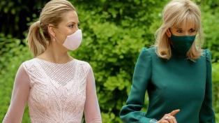 Fabiola Yañez y Brigitte Macron analizaron el impacto de la pandemia en la educación