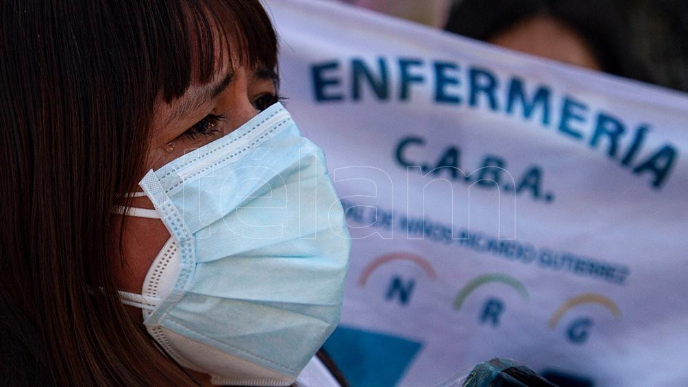 En el marco del Día Mundial de la Enfermería, los trabajadores y las trabajadoras de ALE de CABA se movilizaron hasta el Congreso Nacional