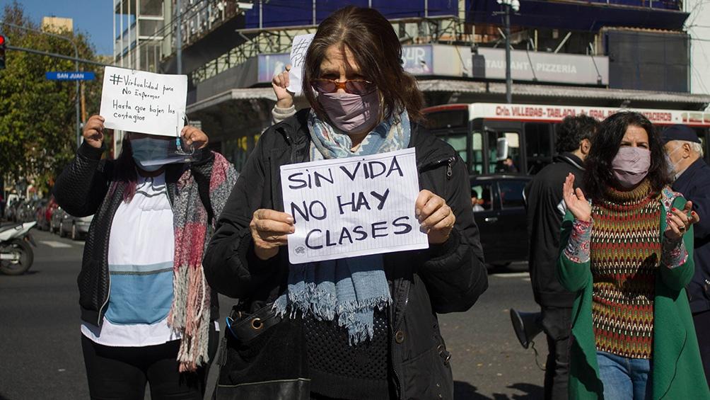 Los gremios docentes continuarán con el plan de lucha, protestas y semaforazos.