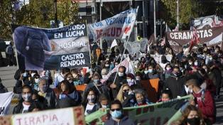 Trabajadores de la salud de las provincias se movilizaron por el Día Internacional de la Enfermería