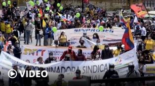 Imponentes movilizaciones en todo Colombia