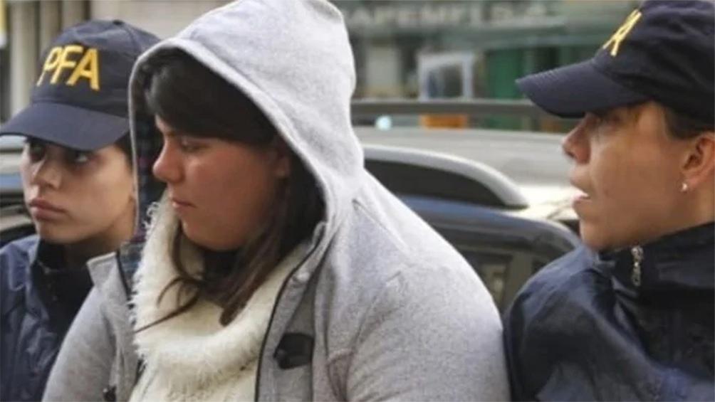 El momento de la detención de la defensora de Rodrigo Alexander Naged Ramírez.