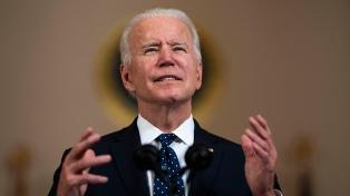 Biden recibió los restos de los 13 soldados muertos en Afganistán