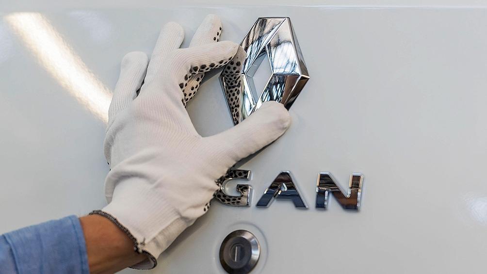 Sibilla estimó que la industria automotriz este año podrá duplicar su producción hasta llegar a las 500.000 unidades.