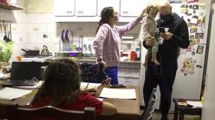 """Padres que no envían a sus hijos a clases consideran """"perversa"""" la decisión del Gobierno porteño"""