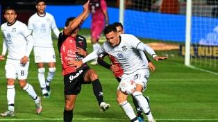 Ganó Colón y se cruzará con Independiente en la semifinal
