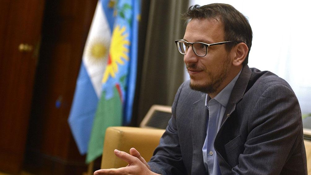 """""""Ya colocamos más de 100 mil millones de pesos en asistencia pyme"""", expresó Cuatrommo."""