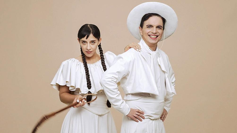 Juliana Gattas y Ale Sergi, los fundadores de Miranda!, el grupo pop que cumple dos décadas.