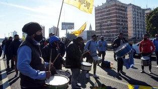 Choferes autoconvocados levantaron el corte que realizaban en la avenida General Paz