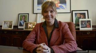 Cristina Álvarez Rodríguez a cargo del Instituto de Investigaciones Históricas Eva Perón