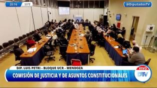 """Mena evaluó """"urgente y muy necesaria"""" la reforma del Ministerio Público"""
