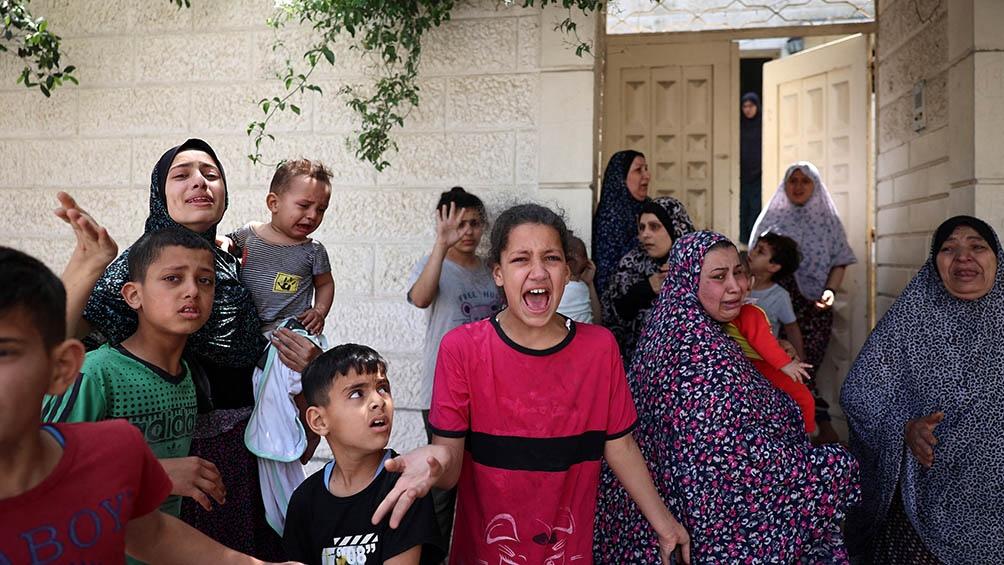 Explosiones sacudieron una zona comercial de Ciudad de Gaza, la localidad central de Deir al-Balah y la sureña Khan Younis.