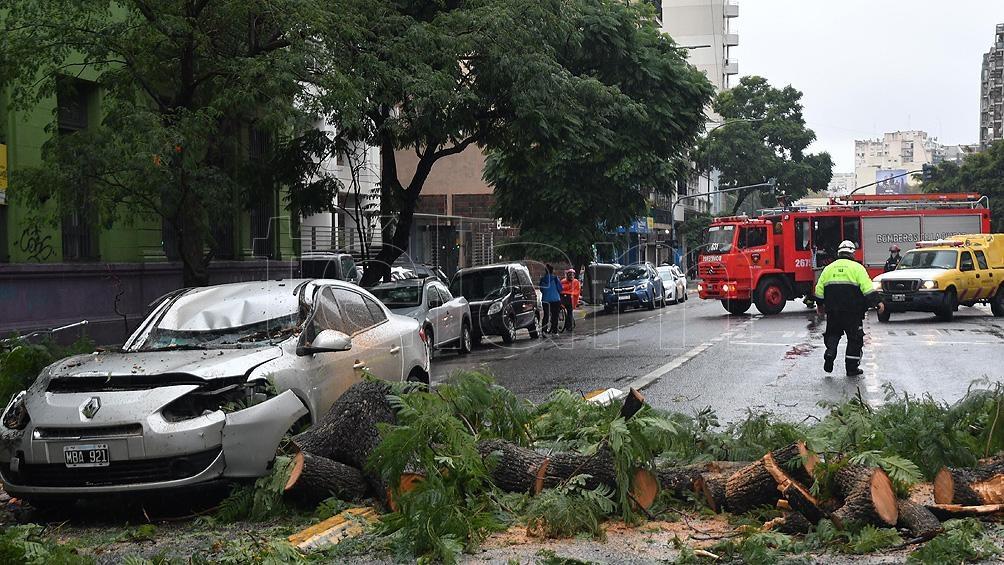El hecho ocurrió pasadas las 11 sobre la avenida Santa Fe, a metros de la calle Carranza.