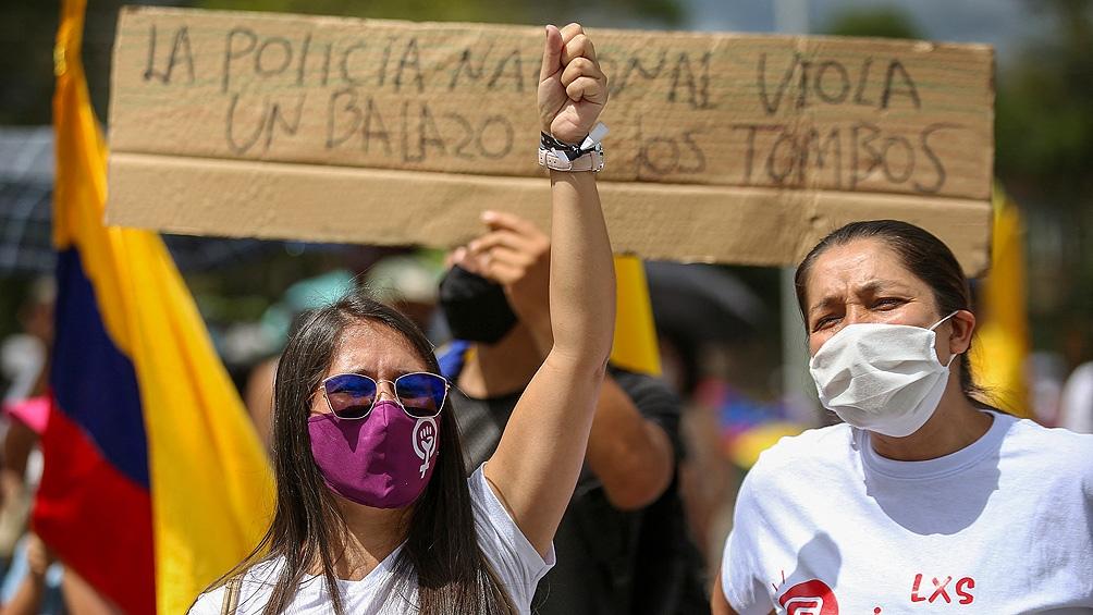 """""""La marcha nacional del miércoles fue al inicio pacífica, muy multitudinaria. Pero entrada la tarde comenzaron los casos de violencia policial"""""""