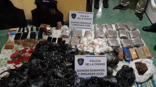 Armas y miles de dosis de cocaína y marihuana fueron incautadas en Lugano
