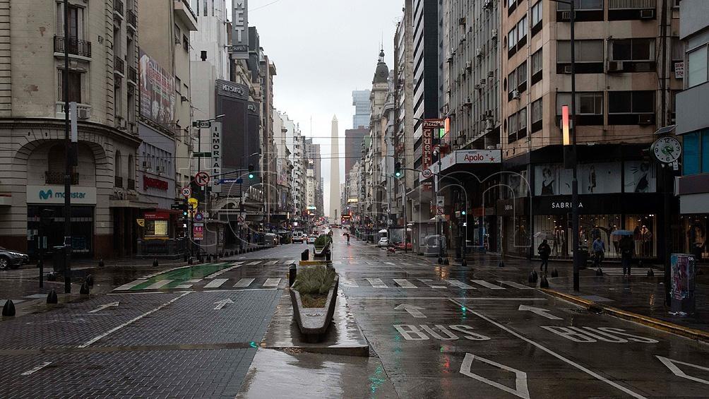 Una imagen poco habitual: calles vacías y avenidas sin embotellamientos.
