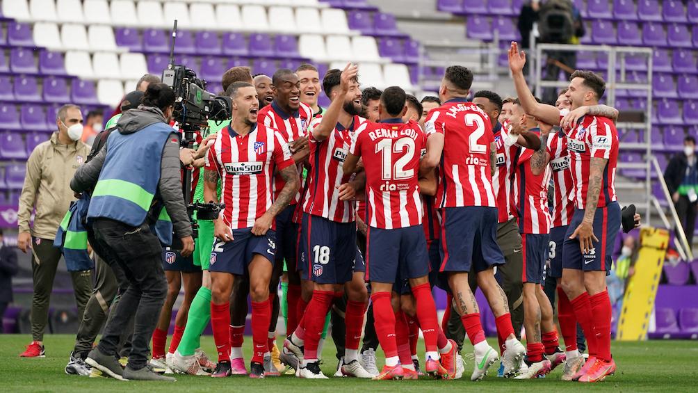 Festejos del Atlético Madrid apenas terminado el partido. (foto AFP)