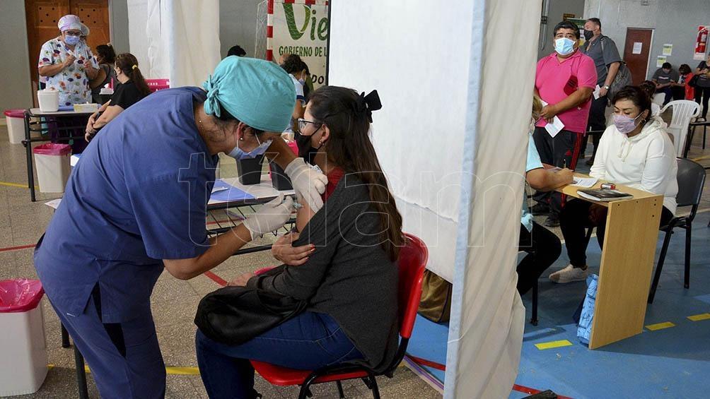 En Córdoba hasta el momento se aplicaron 901.634 vacunas. Foto: Marcelo Ochoa.