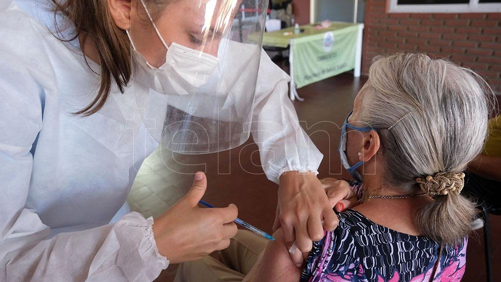 Un total de 22 mil vacunadores participan de la campaña de inmunización que se inició el 29 de diciembre de 2020. Foto: Germán Pomar.