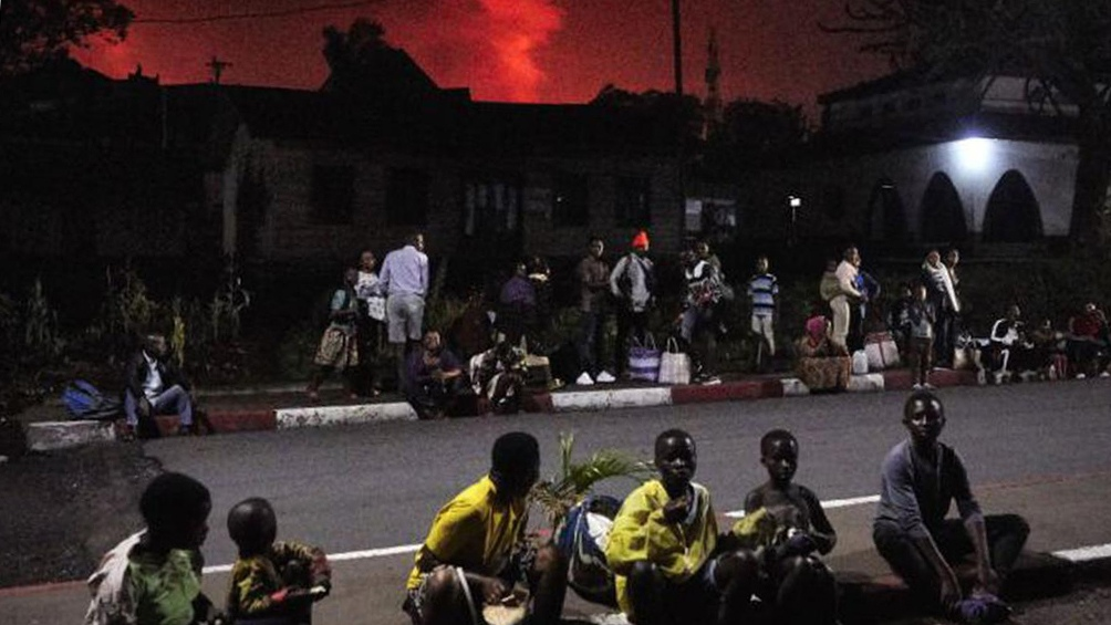 Otros tres riesgos amenazan la ciudad: temblores de tierra, toxicidad del aire y el agua, y la explosión de una reserva de gas.