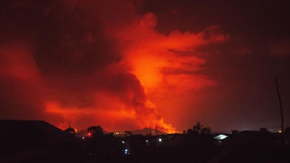 Una gran corriente de lava finalmente se detuvo por la noche a las puertas de la ciudad de Goma.