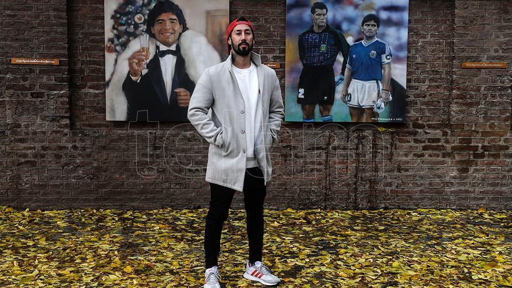 Una de las imágenes preferidas de Bagnasco es la de Maradona junto a Goycoechea, cantando el himno en Italia 90.