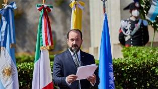 """Desde Roma, el embajador Carlés recordó la """"vigencia"""" actual de muchos desafíos de 1810"""