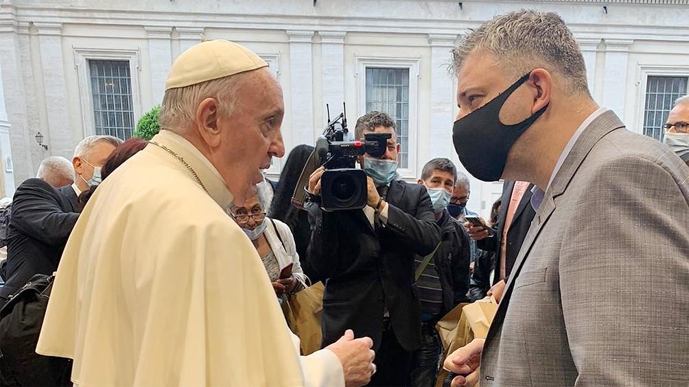 Francisco festejó los seis años de la encíclica Laudato si con 100 pobres de Roma