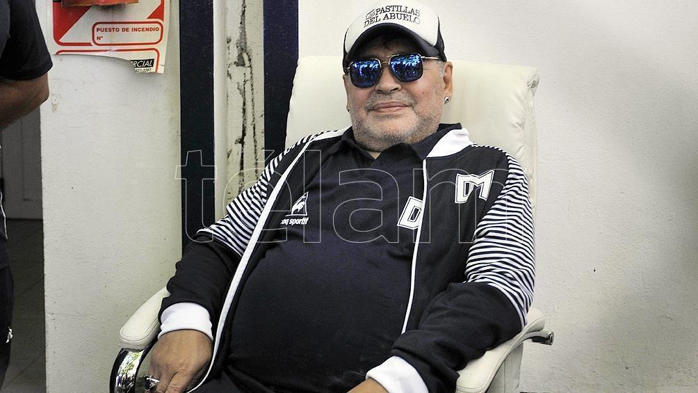 Un preparador físico que en los meses previos a la muerte de Diego Armando Maradona intentó hacer entrenar al astro del fútbol cuando vivía en un country de la localidad bonaerense de Brandsen.