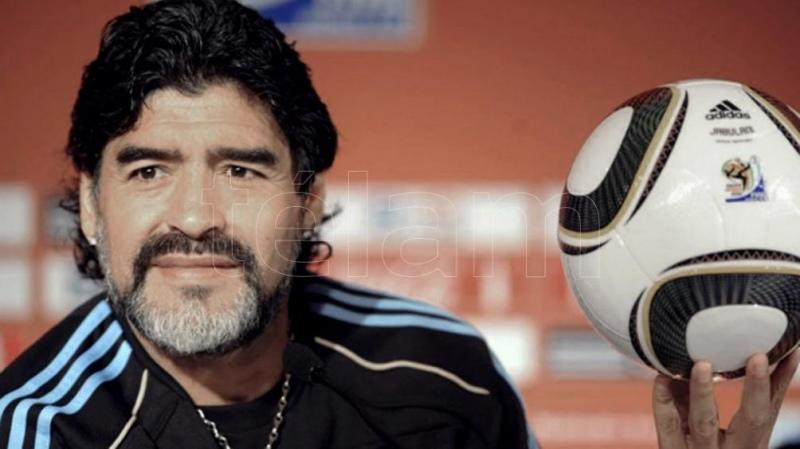 Indagan al coordinador de enfermeros contratados para cuidar a Maradona