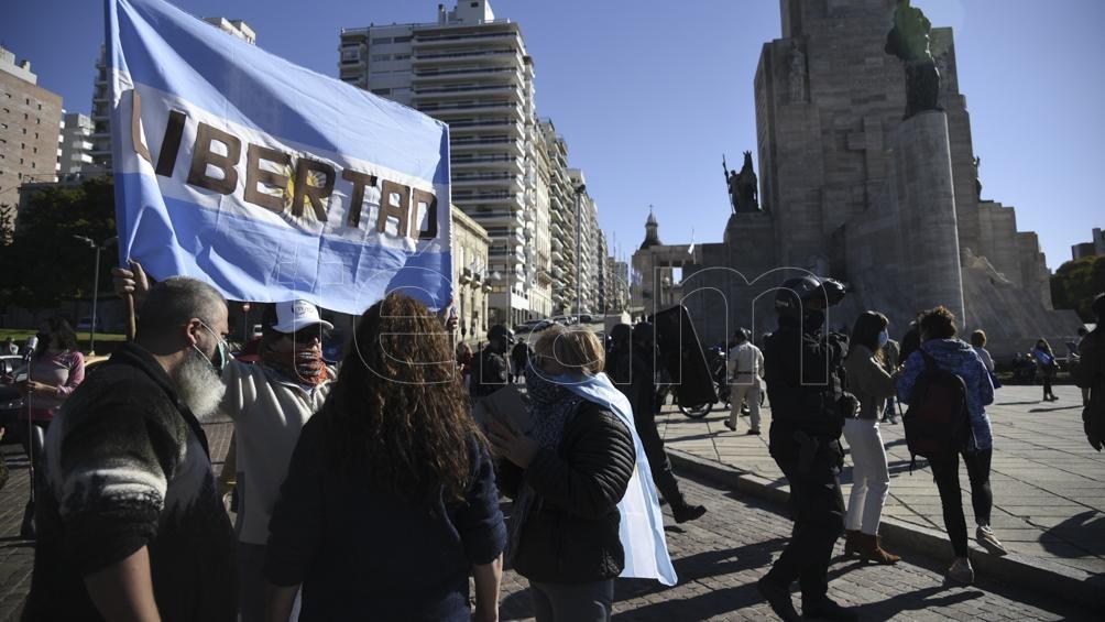 Hubo más de 30 detenidos en una marcha anticuarentena