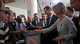 Assad fue reelegido con récord de votos y asumirá su cuarto mandato