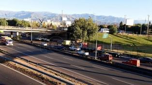 Mendoza levantó el alerta sanitaria y se puede circular las 24 horas en la provincia