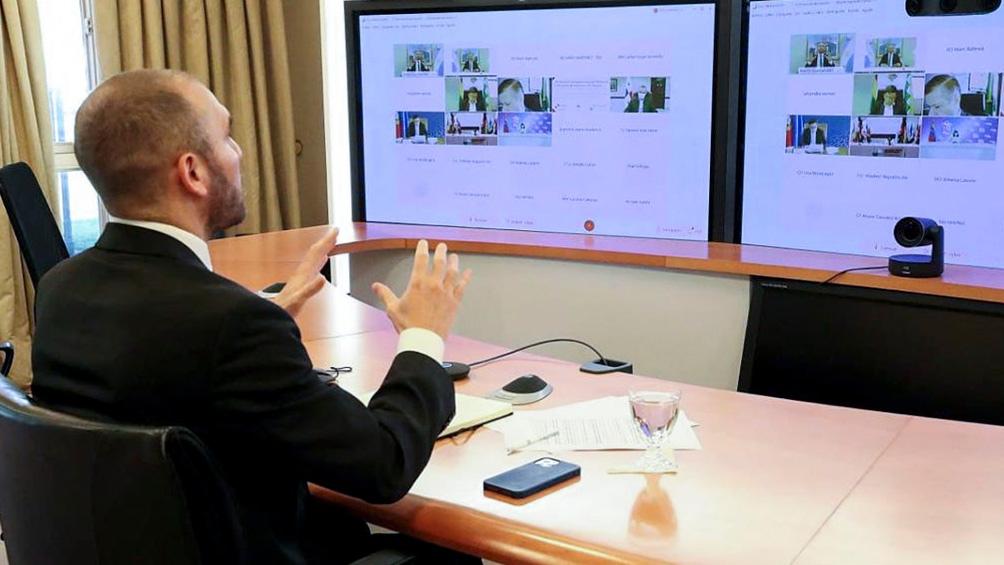 El ministro Gusmán mantuvo varias reuniones con funcionarios y representantes del FMI