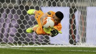 Rulli se convirtió en héroe para que Villarreal se consagre campeón de la Liga de Europa