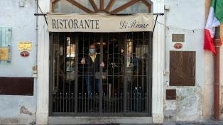 Cruces en el Gobierno italiano por la cantidad de admitidos en restaurantes