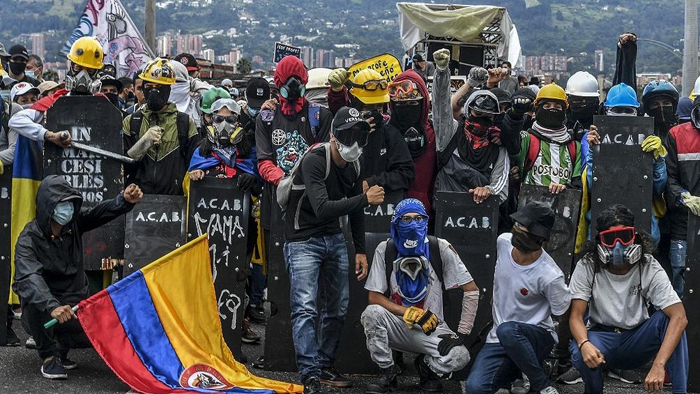 La tensión crece en Colombia y el Gobierno apuesta por la respuesta militar.