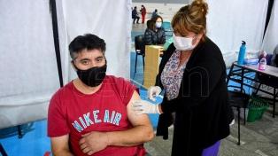 Anuncian el empadronamiento de mayores de 45 para vacunarse en CABA