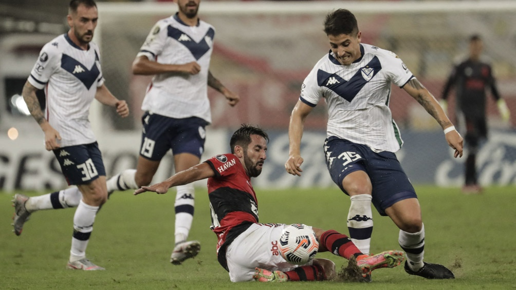 Vélez empató sin goles en el Maracaná.