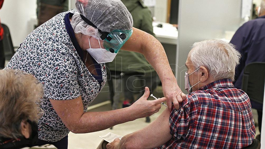Ya fueron aplicadas 11.676.733 de vacunas: 9.084.600 personas recibieron la primera dosis y 2.592.133 ambas.