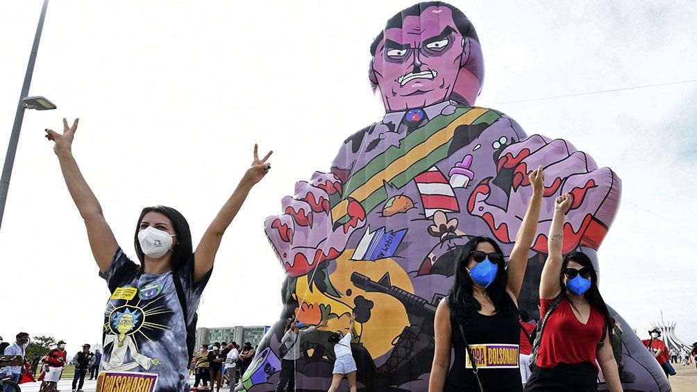 La jornada de protestas fue convocada por sindicatos, organizaciones de izquierda y movimientos sociales