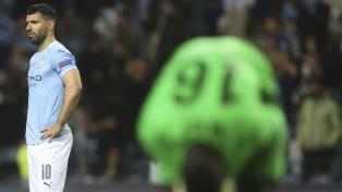 Agüero, el gran ídolo del Manchester City, se despidió sin la Champions