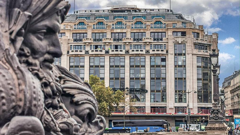Joyas del art nouveau y art déco, los cuatro edificios -incluido uno catalogado como monumento histórico- han sido reestructurados pero respetando los elementos de época